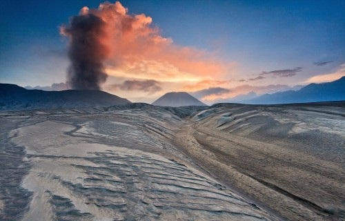 The landscape around the still active volcano could belong to another world as it is void of any life