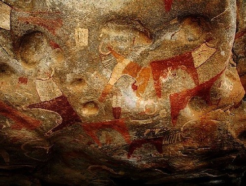 Laas Gaal cave paintings in Somalia of Africa, estimated to date back to between 9,000–8,000 and 3,000 BCE