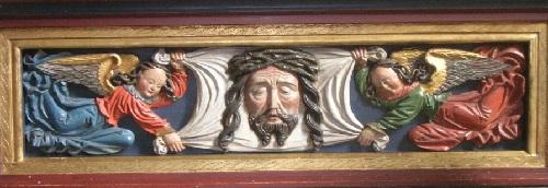 Predela del retablo en Sankt Peters Klosters kyrka en Lund, Skåne, Suecia.  Aliviar de ángeles que sostienen el velo de Verónica