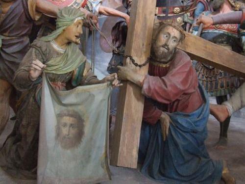 Secretos del Velo de la Verónica.  Milagrosa Sacro Monte di Varallo, Varallo Sesia, Italia