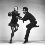 Richard Avedon and Twiggy in the Paris studio in April 1967