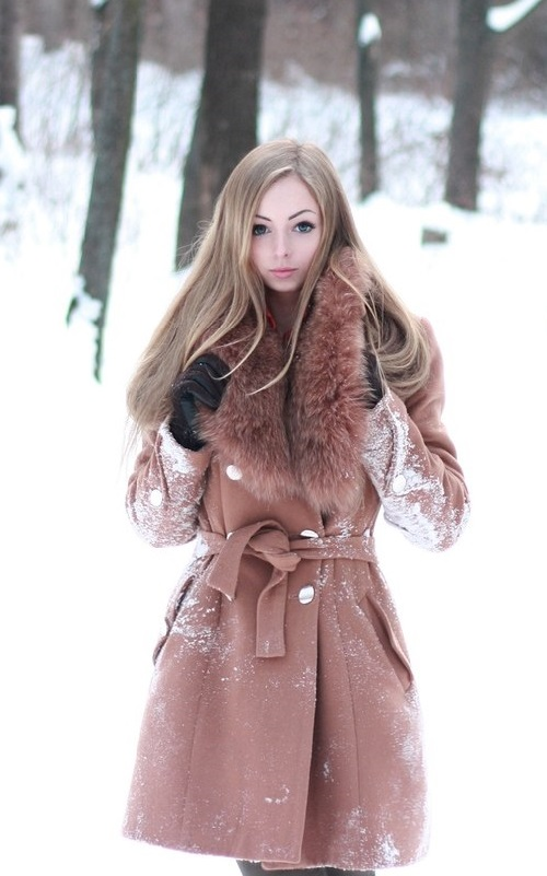 Beautiful Russian model Alina Zolotyh