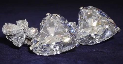 Graff Diamonds jewelry hairstyle