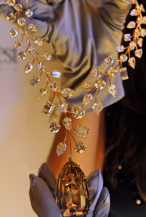Guinness Records L Incomparable Diamond Necklace Beauty