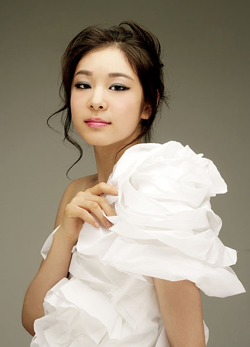 Beautiful South Korean figure skater Kim Yun-a (Kim Yuna)