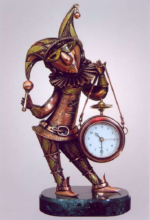 Steampunk sculpture by alisa didkovskaya petrosyuk beauty will save - Steampunk mantle clock ...