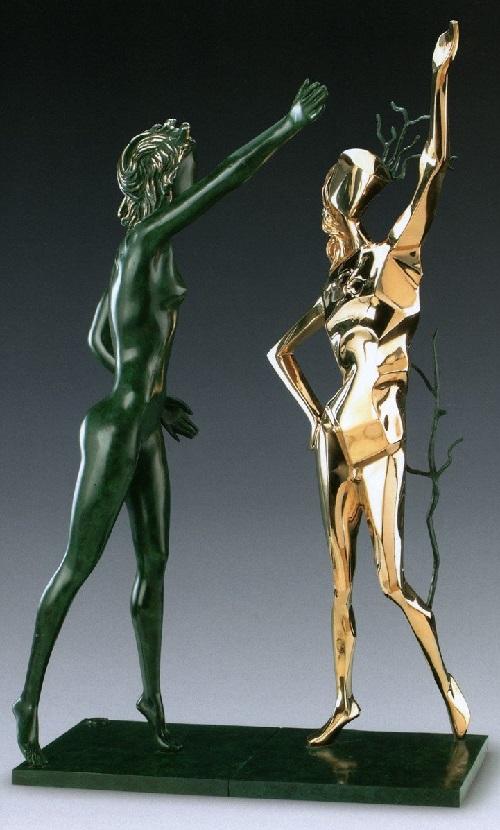 Glorificación de Terpsícore.  Escultura de bronce de Salvador Dalí