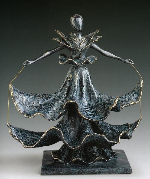 bailarín.  Escultura de bronce de Salvador Dalí