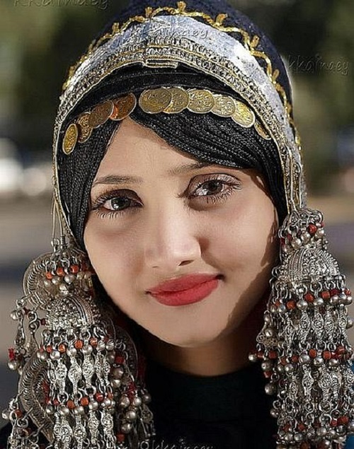An abundance of silver of Yemeni bride - the key to a happy marriage