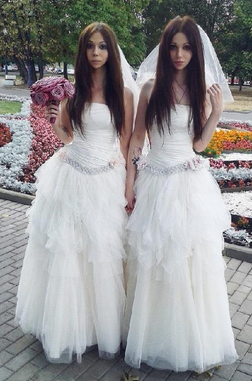 Beauty will save Corpse Bride mannequin La Pascualita - Beauty ...