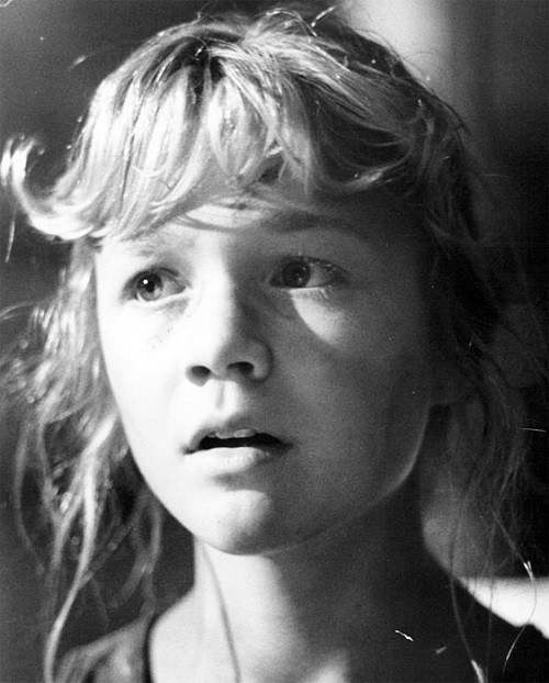 Beautiful talented Ariana Richards