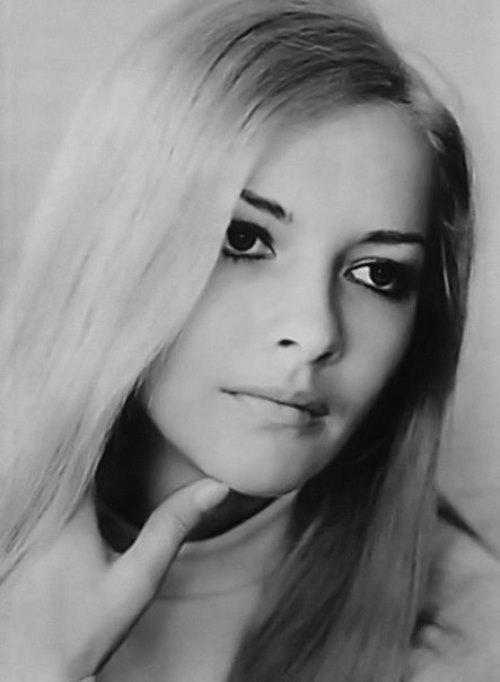 Barbara Brylska Nude Photos 15