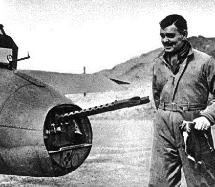 Clark Gable with an 8th Air Force B-17 in England