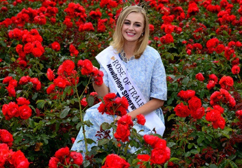 Elysha Brennan, winner of 2015 Rose of Tralee Beauty Contest