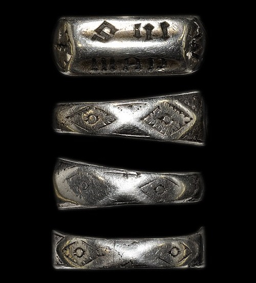 ring of the XV century, presumably belonged to Joan of Arc