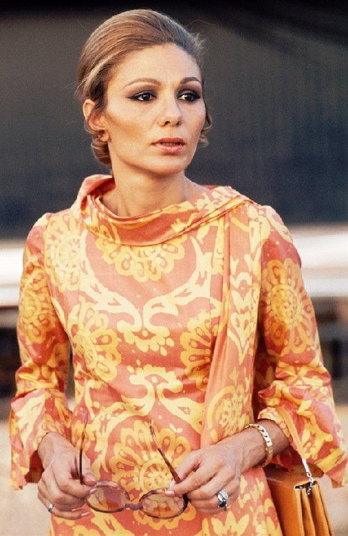 Beautiful Empress Farah Pahlavi, 1971