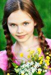 Beautiful child model Diana Pentovich