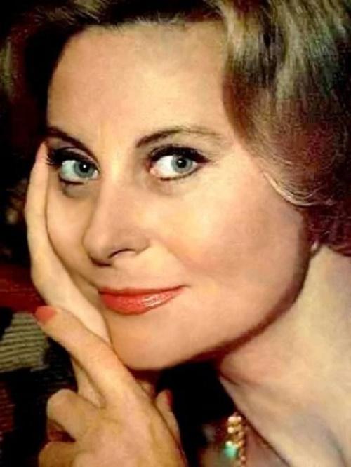 Born Simone Renee Roussel, beautiful actress Michele Morgan