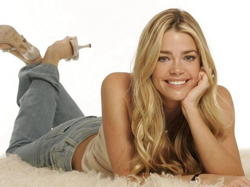 Beautiful American actress Denise Richards