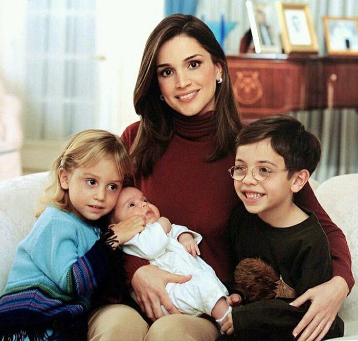 The Royal family - Queen Rania with Princess Iman and Prince Hashim