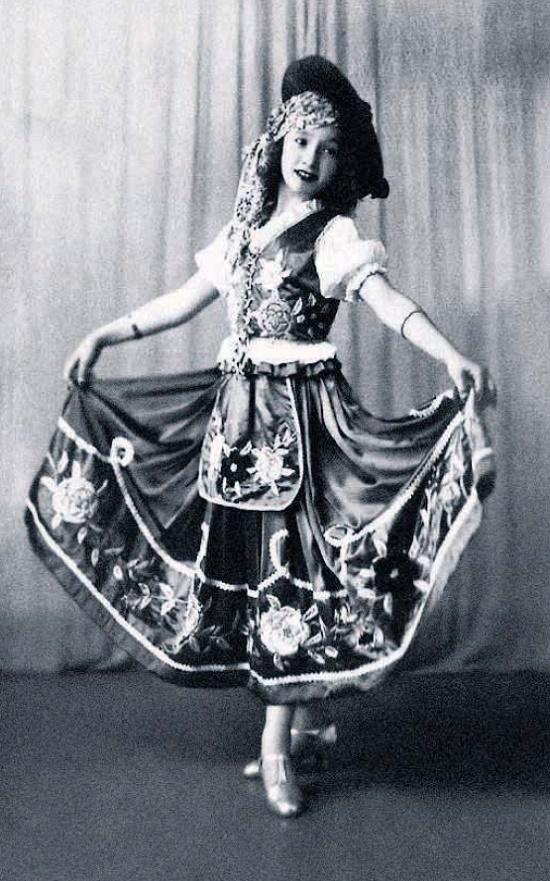 Lolita began dancing at age 7 and at 12 already debuted at the theater