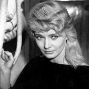 Marta, Lucyna Winnicka (Mysterious passenger, 1959)