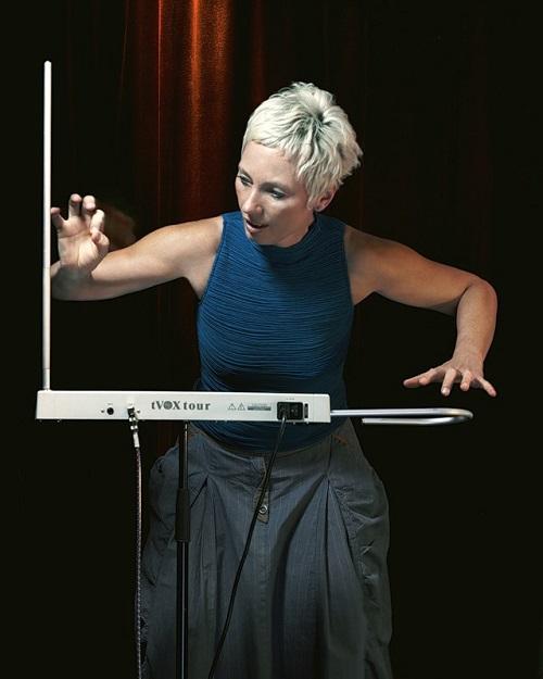 Barbara Buchholz playing theremin