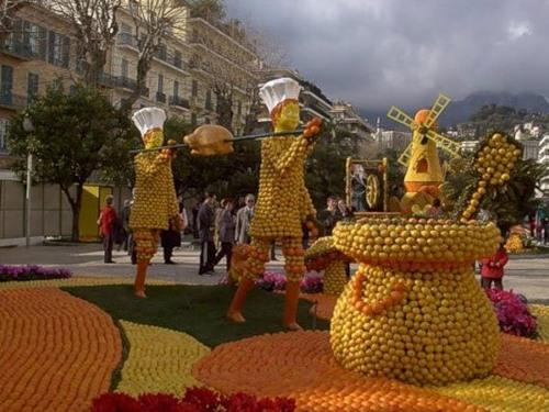 Citrus sculpture at the Menton lemon festival