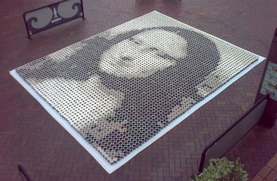 Amazing Mona Lisa Painting Made with 3604 Cups of Coffee