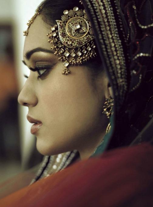 Indian woman jewelry