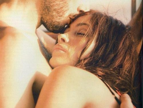 I love the idea of spending the whole day in bed with my lover. I'm not afraid of love. Jennifer Lopez