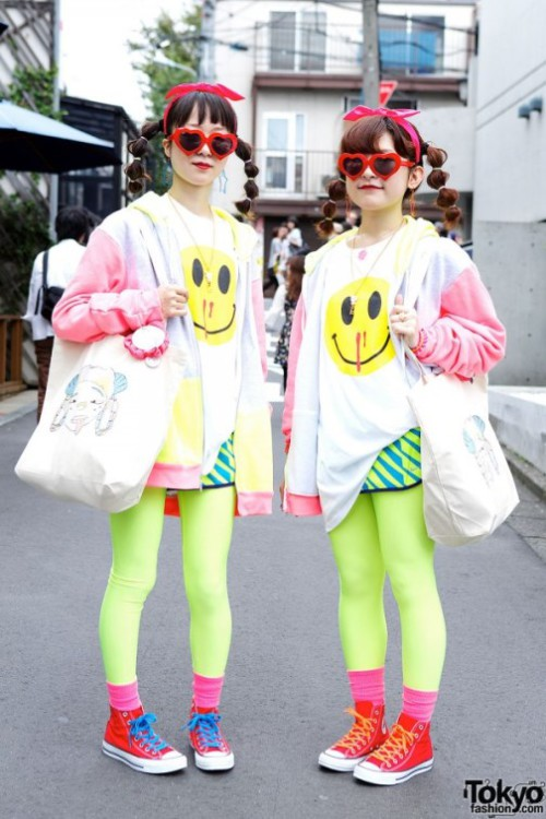 Hennyo Girls Mashimo (21) and Ai (20) in Twin Harajuku Styles with Lactose Intoler-art & Madsaki