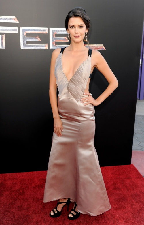 Beautiful Hollywood actress Olga Fonda