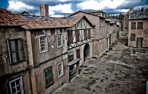 Gloomy city of Serednikovo