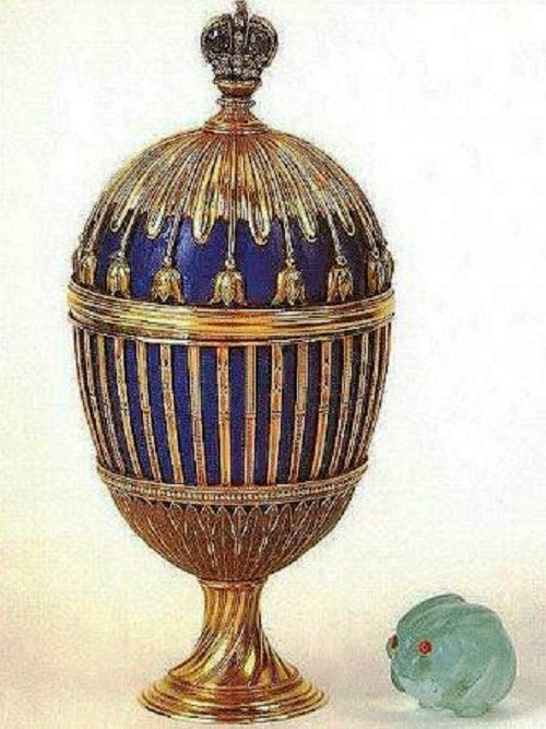 Egg with strips of blue enamel