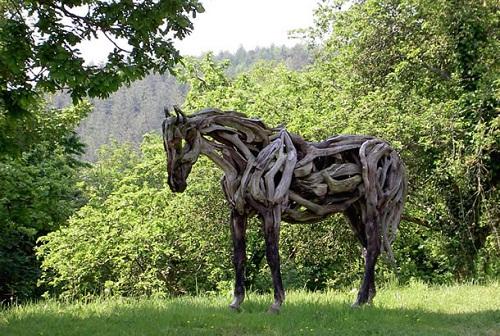 Horse sculptures by Heather Jansch