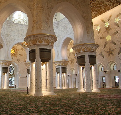 Interior of the Main Prayer Hall in Sheikh Zayed Mosque