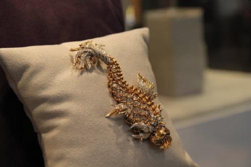 Night of Iguana brooch (estimated price $200,000-$300,000)