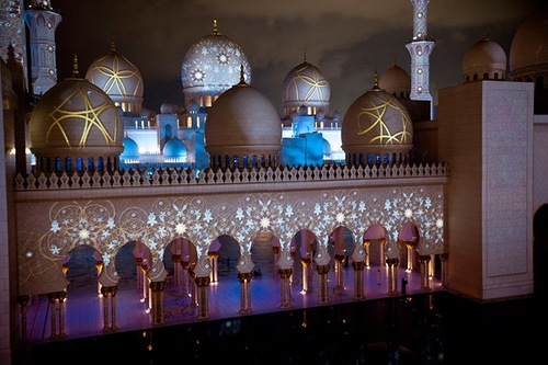 Sheikh Zayed Grand Mosque in Abu Dhabi, the United Arab Emirates
