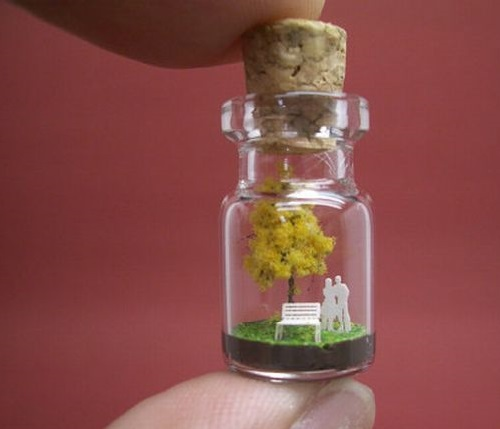 Tiny World in a Bottle by Japanese artist Akinobu Izumi