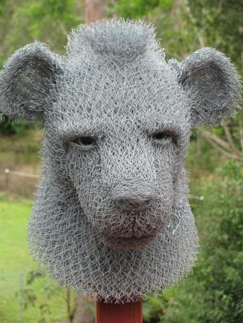 Wire sculptures by Australian artist Ivan Lovatt