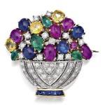 Flower basket brooch with sapphire