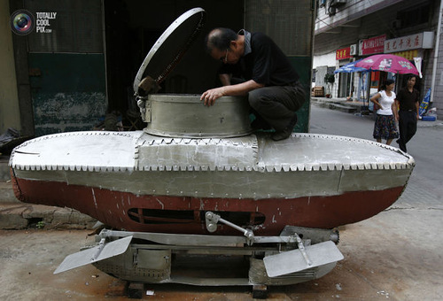 Weird Inventions Made by the Chinese. Miniature submarine Xiaguang V