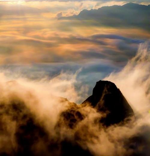 Clouds, photographer Gilles Ferrier
