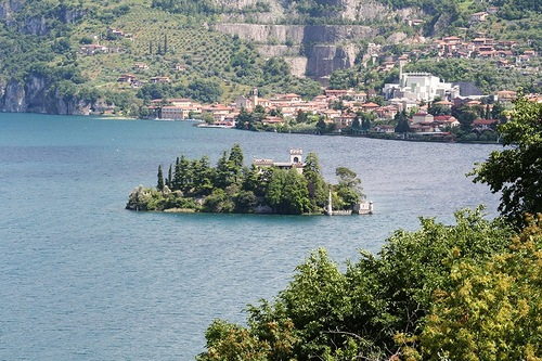 Built in the 5th century castle on Loreto Island, on Lake Iseo in northern Italy