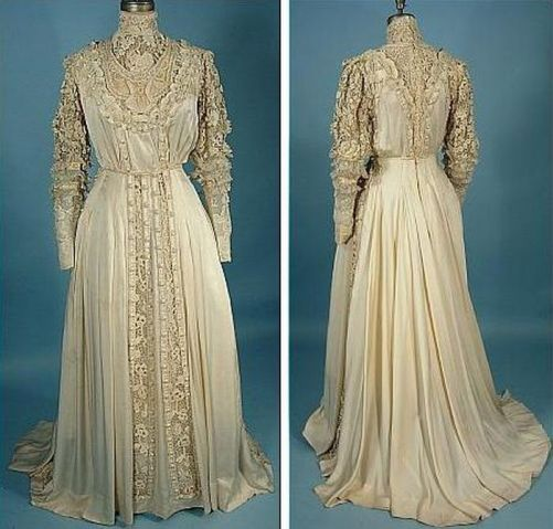 Gorgeous silk dress, decorated with embroidery, 1909-1910