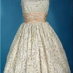 Fabulous lace guipure with a belt made of taffeta, 1950