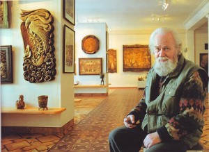 At the exhibitions of wood carvings by Kronid Gogolev