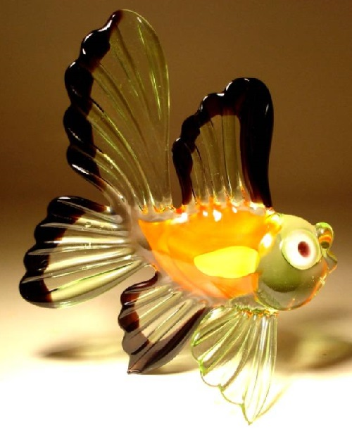 Yellow fish Fused and kiln-formed glass sculpture