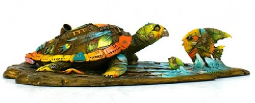 Bronze sculpture by Colombian artist Nano Lopez